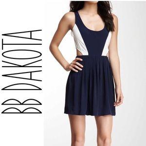 BB Dakota {Ripley} Navy/White Cut Out Side Dress
